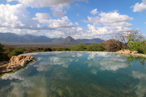 The pool at Sarara